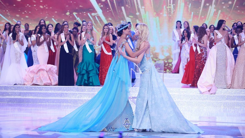 amazonka na podium miss World